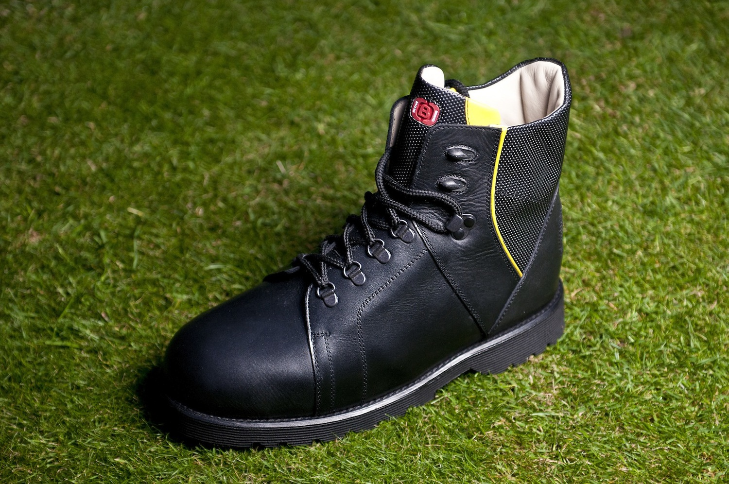 f4287bb6df8 Bespoke Safety Footwear - Bolton Bros